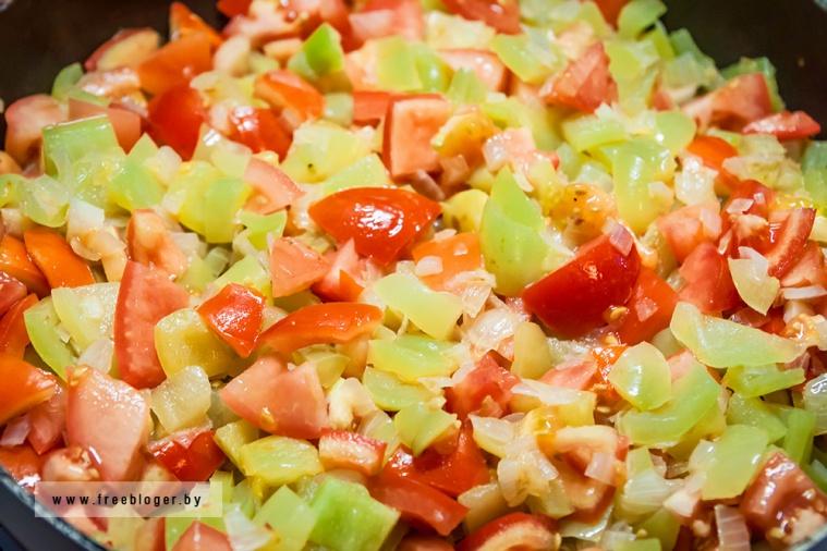 Лечо по-венгерски с колбасками
