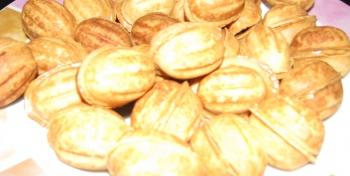 """Печенье """"Орешки со сгущенным молоком"""" (пошаговые фото)"""