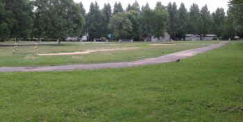 Средняя школа №33. Стадион