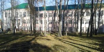 Средняя школа №10. Стадион